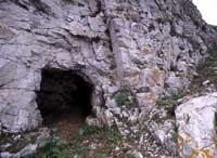 Photo of a cave on Flat Holm
